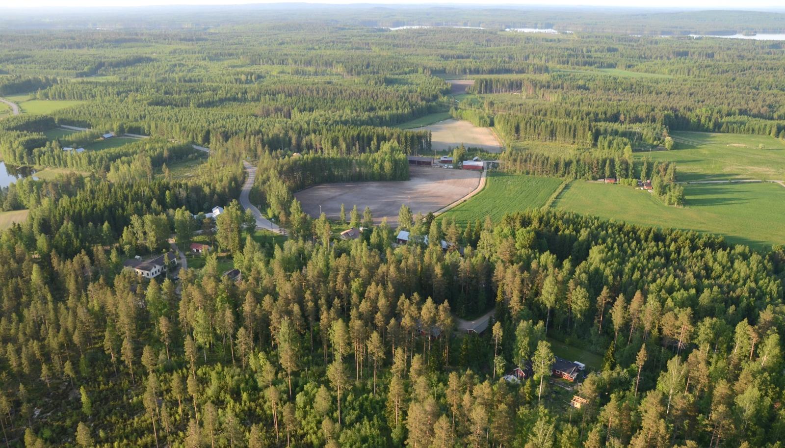 Närhilänkylä.