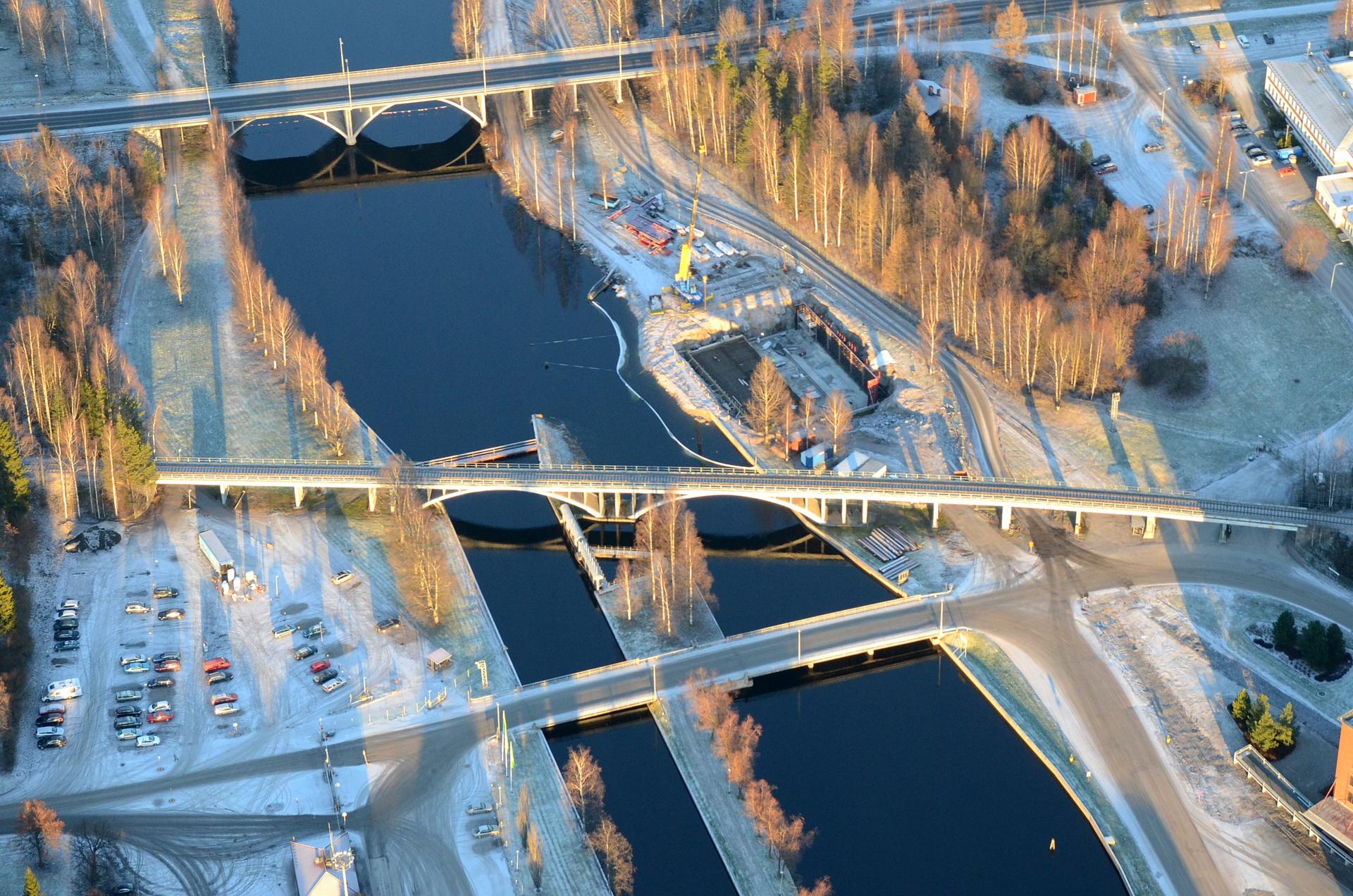 2015-12-14 Raakavesipumppaamon pohjatöitä