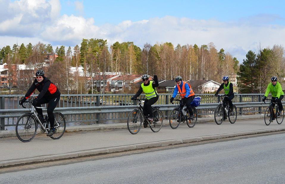 Viipyyläiset kauden 2014 avauslenkillä (Kuva: Juha Toikkanen 2014)