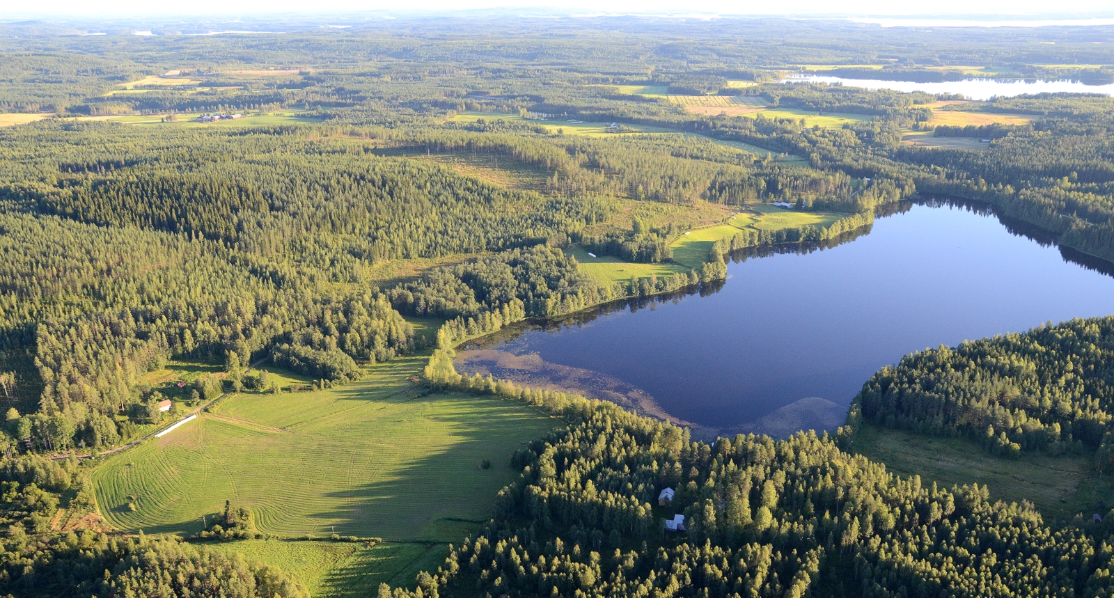 Sorvajärvi, taaempana Suovanlahti