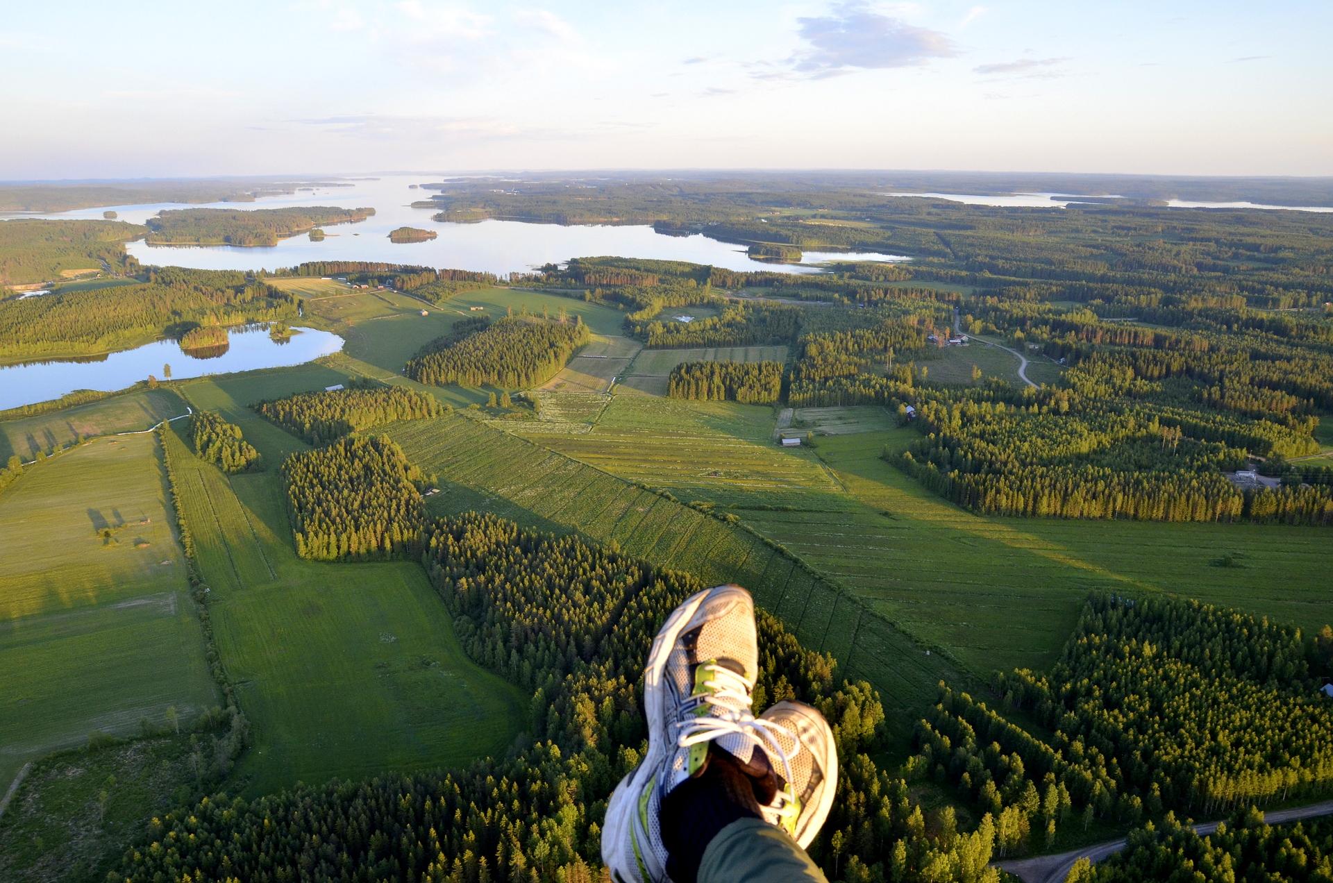 Viitakankaan maisemia matkalla Viitasaaren keskustaan. Keitelejärvi näkyy jo.