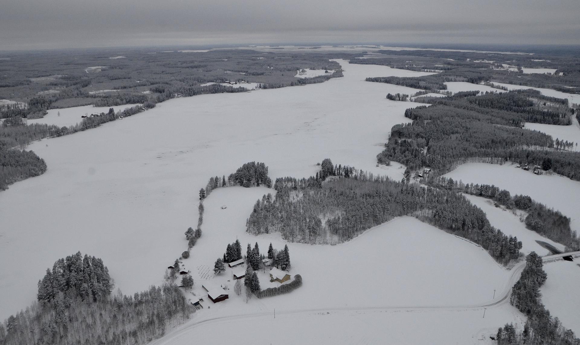 17.12.2017 Kolima kokonaan jääkannella.