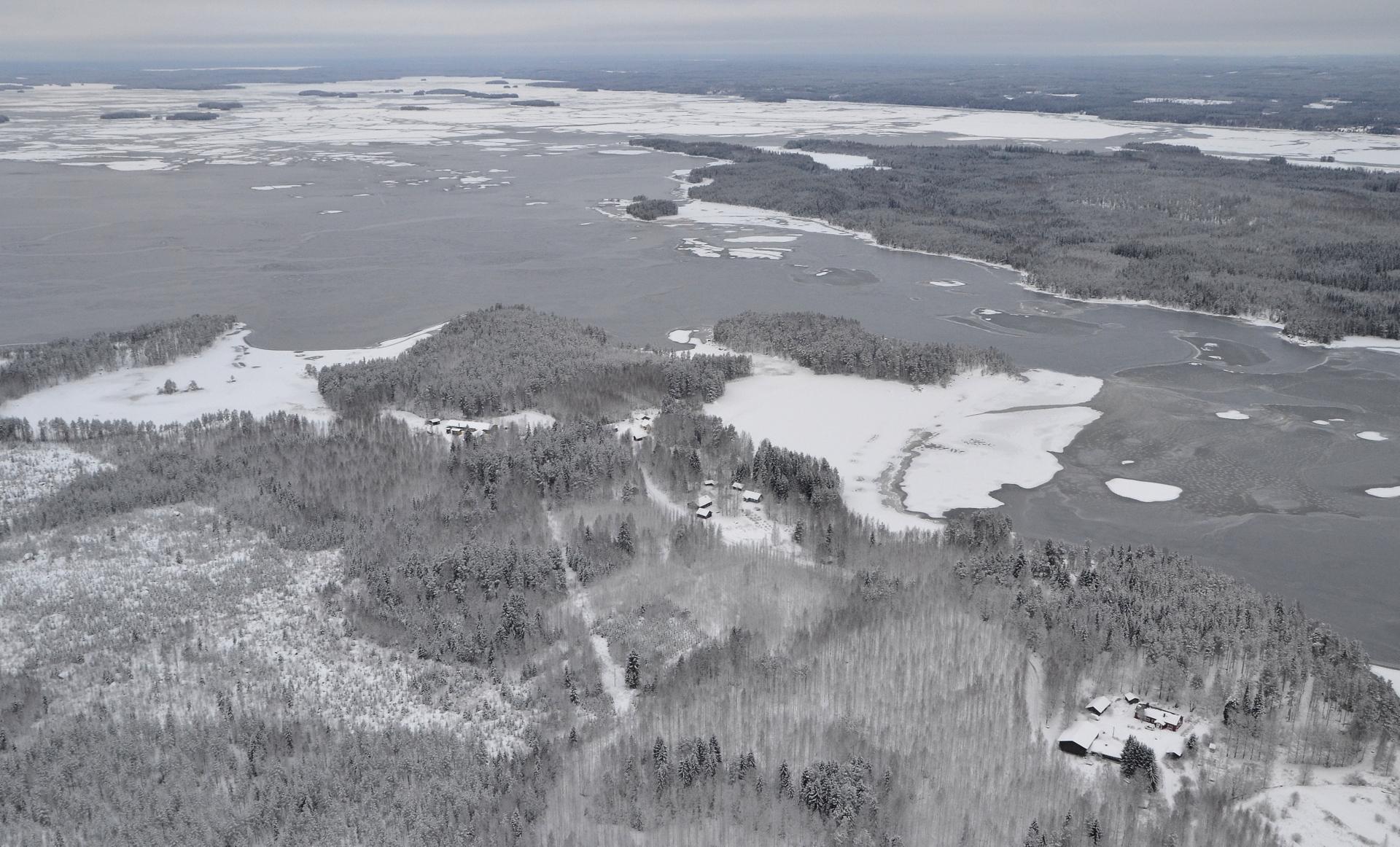 17.12.2017 Kolima, Paloranta, Selänsuu, oikealla Järkiniemi.