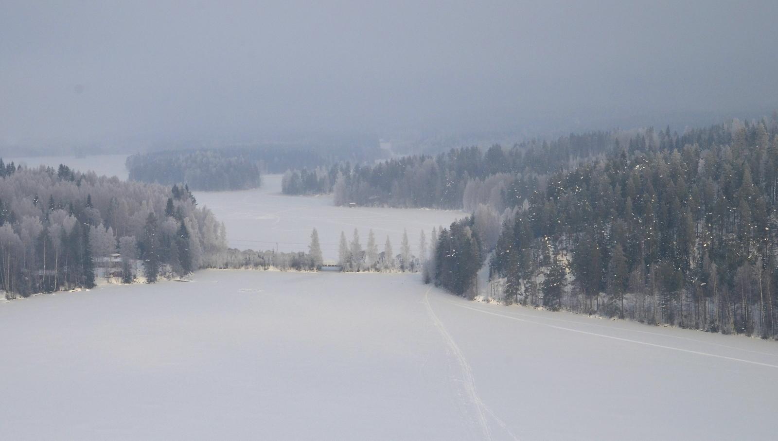Oikealla Kytänsalonsaari.