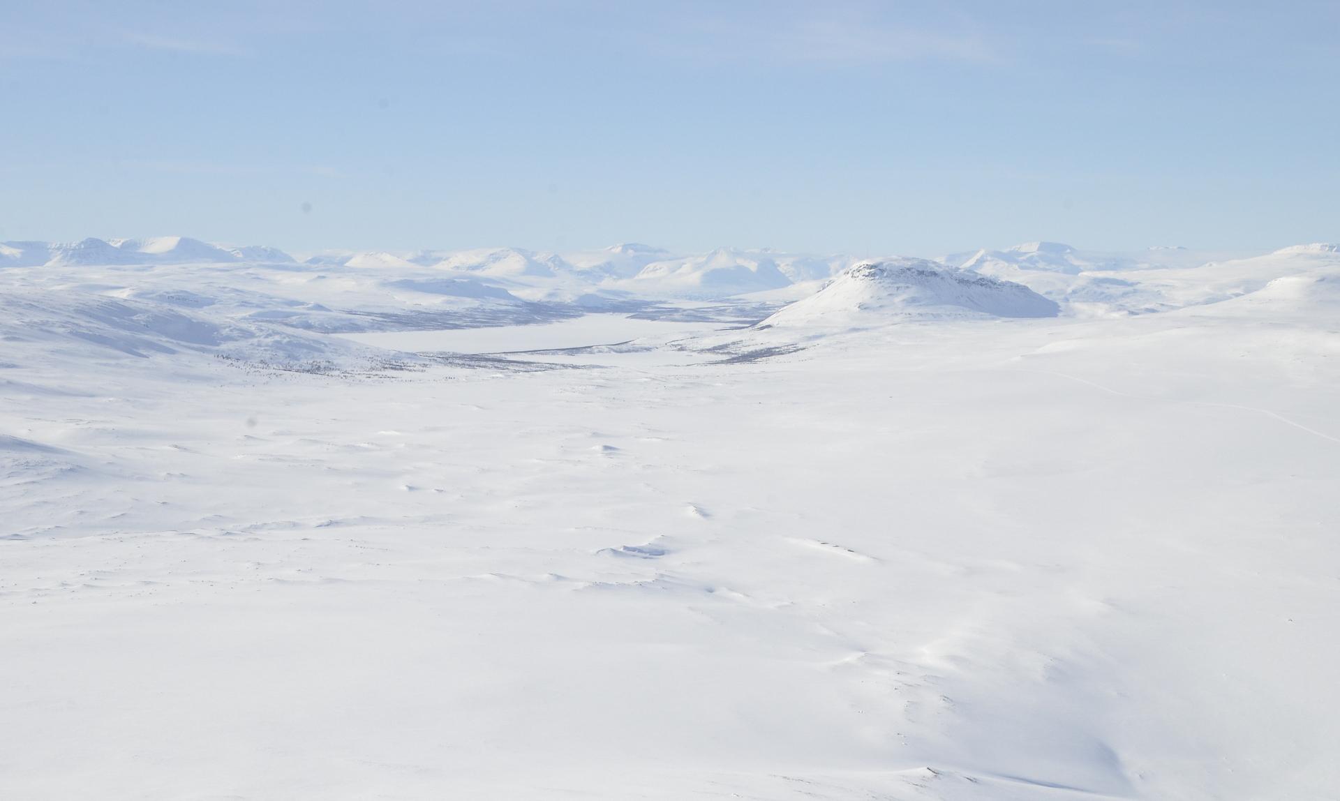 Kohta ilmaan noustessa alkoi näkyä Saana ja Kilpisjärvi.