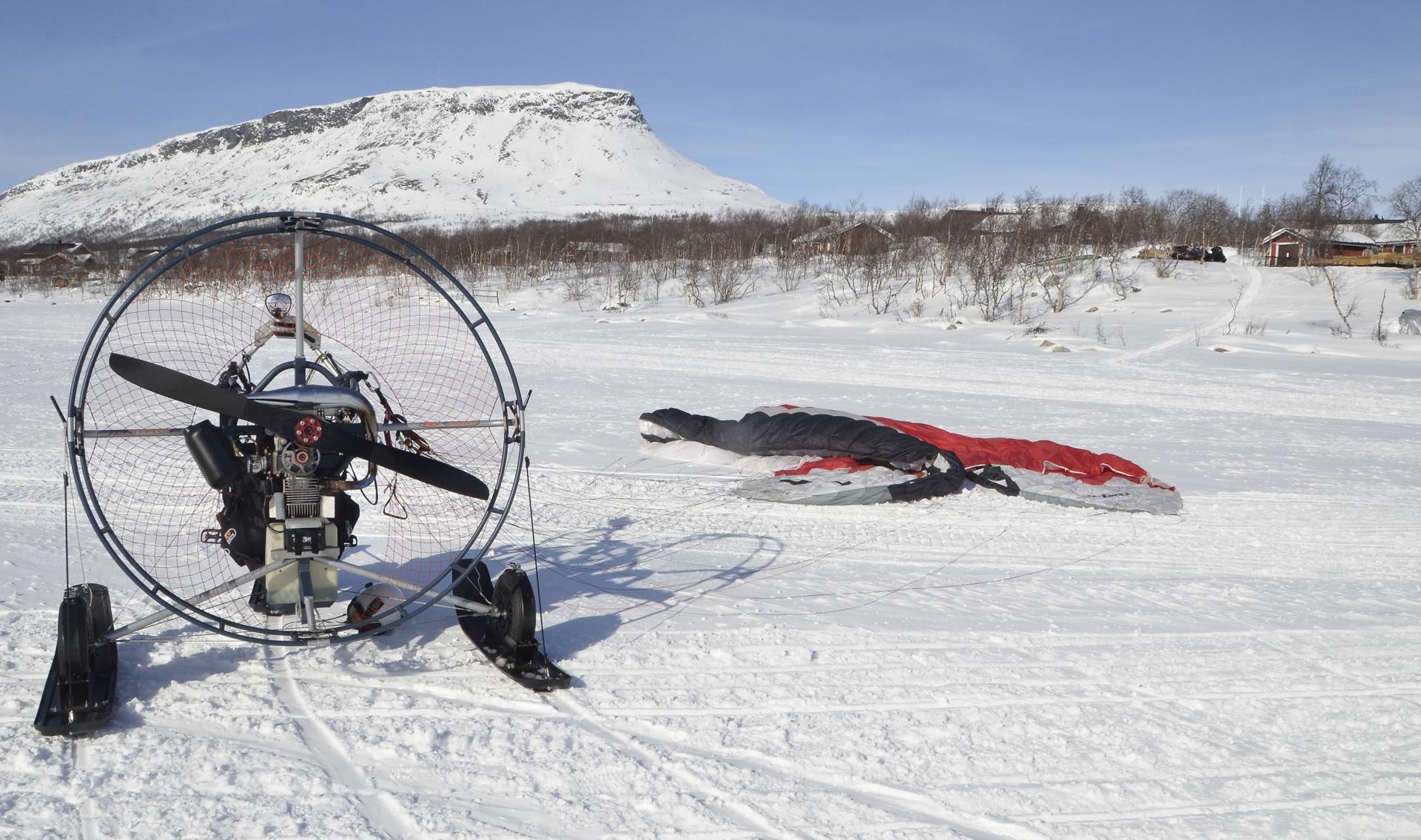 Ennakkoon suunniteltu tavoite tuli saavutettua kun laskeuduin Kilpisjärven jäälle.