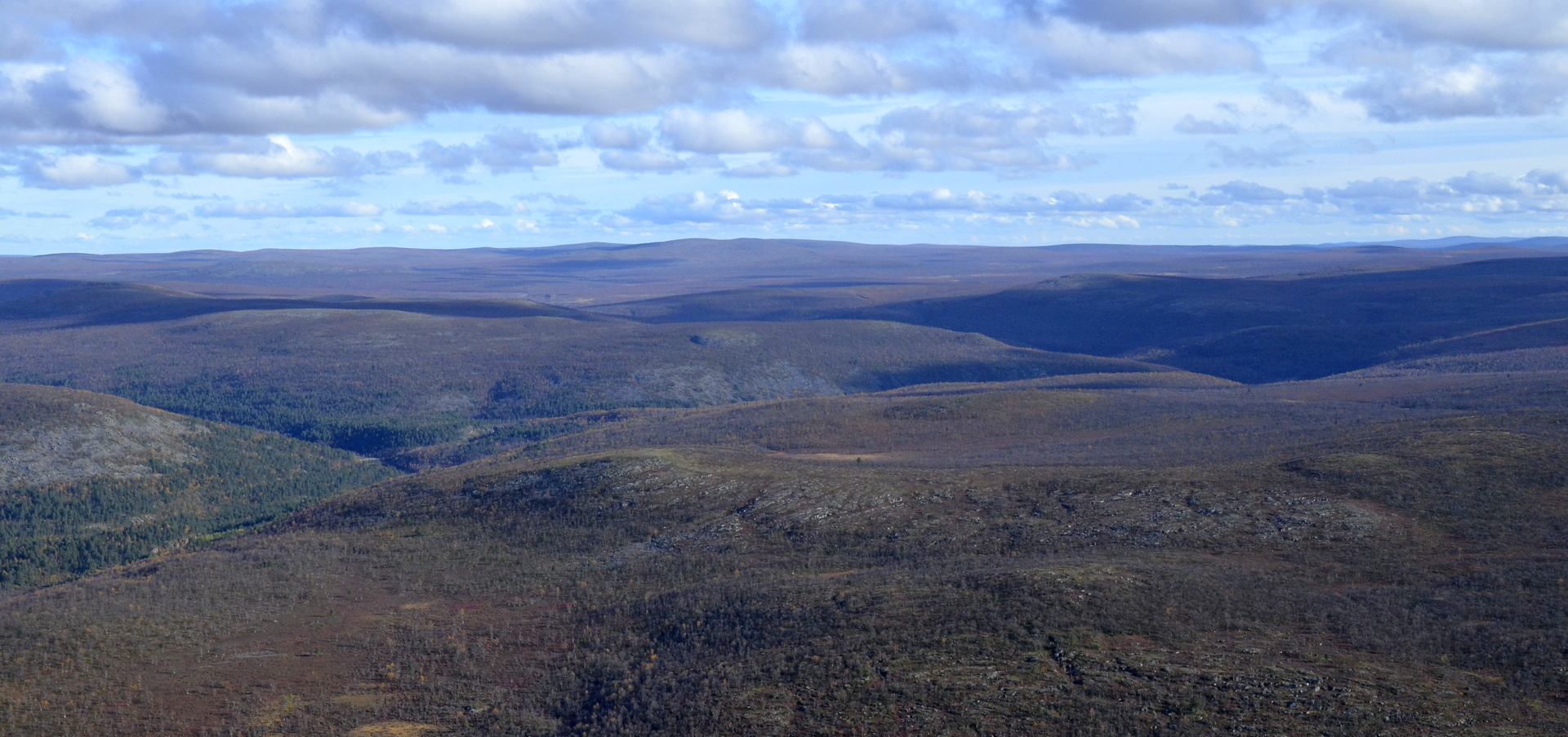 Tuolla kanjonissa on Suomen Ladun Akumaja.