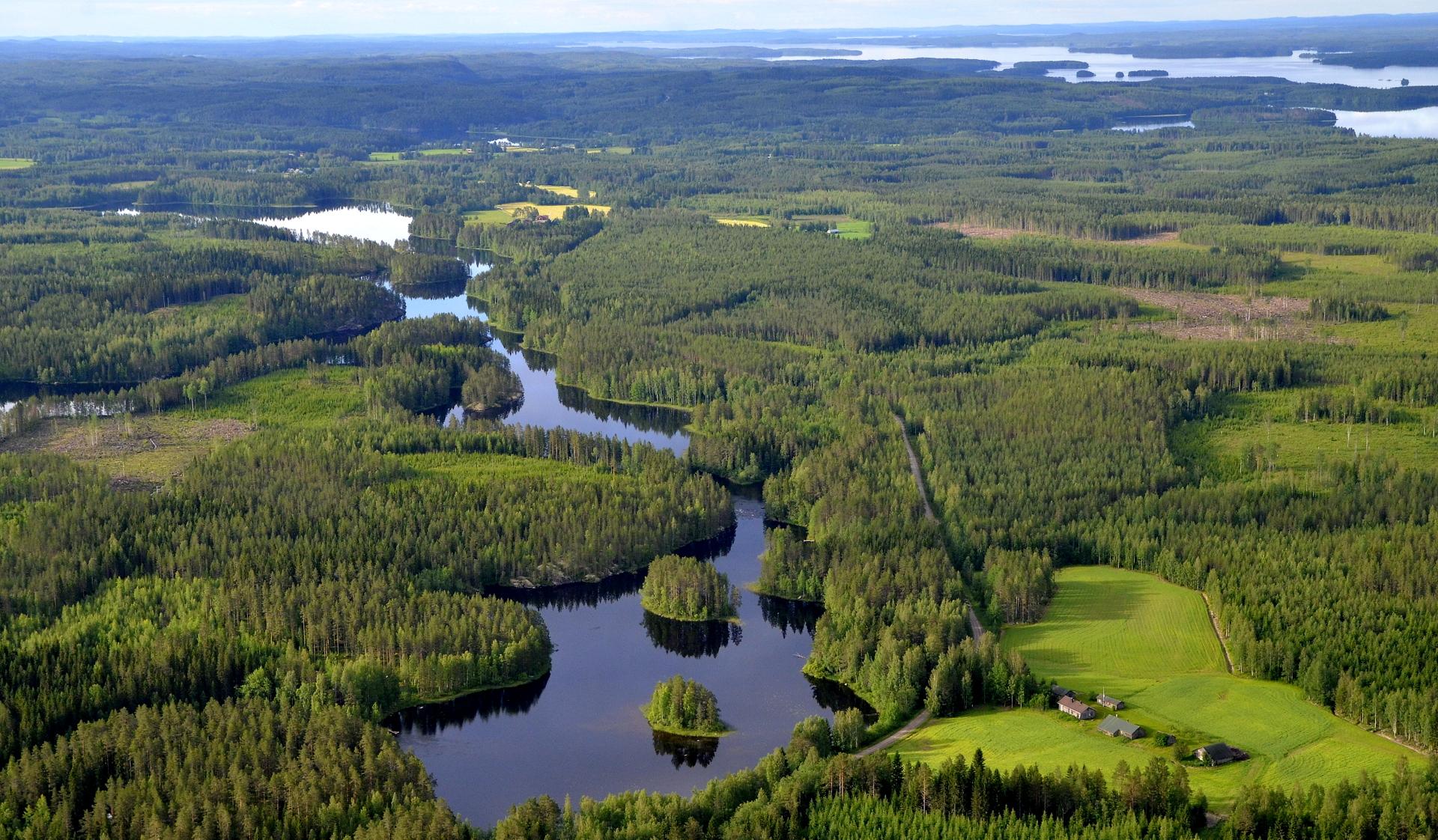 Kärnänkoski-Kymönkoski reittiä. oikealla Kella.