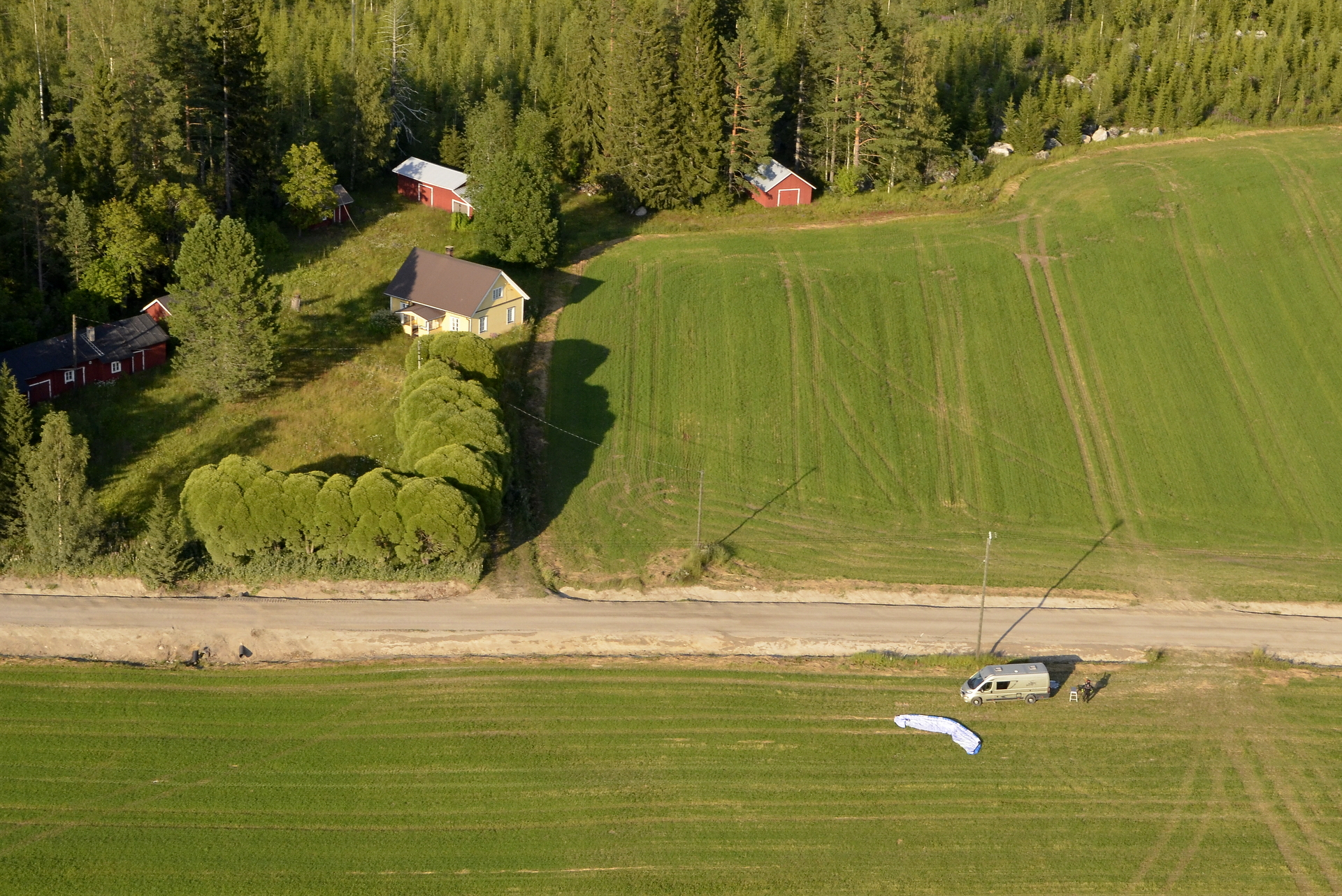 Lennolle lähdettiin Pasalasta Vuorenpään viereiseltä pellolta.