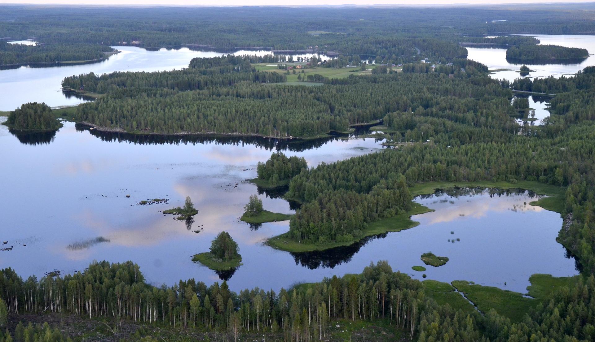 Nyt näkyy Saarenkylä.