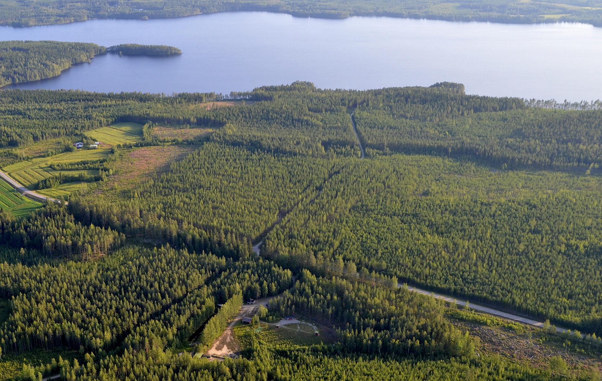 Kivijärven ampumarata, ja Heitjärvi.
