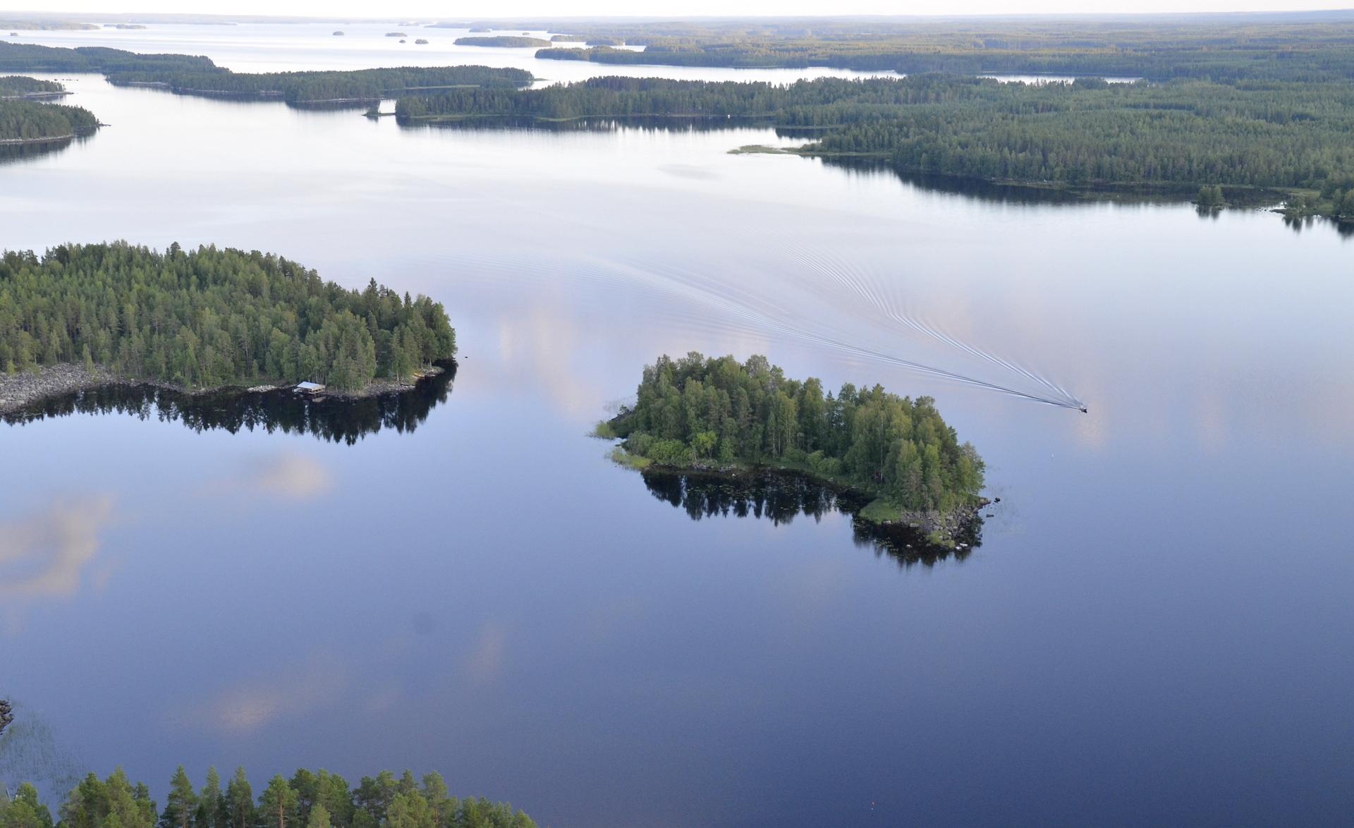 Kivijärvi.