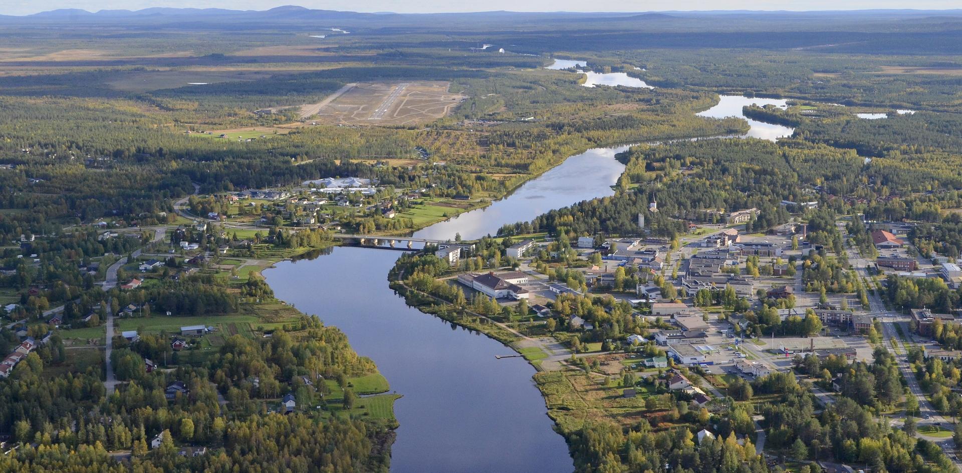 Sodankylä lentokentän suuntaan kuvattuna.
