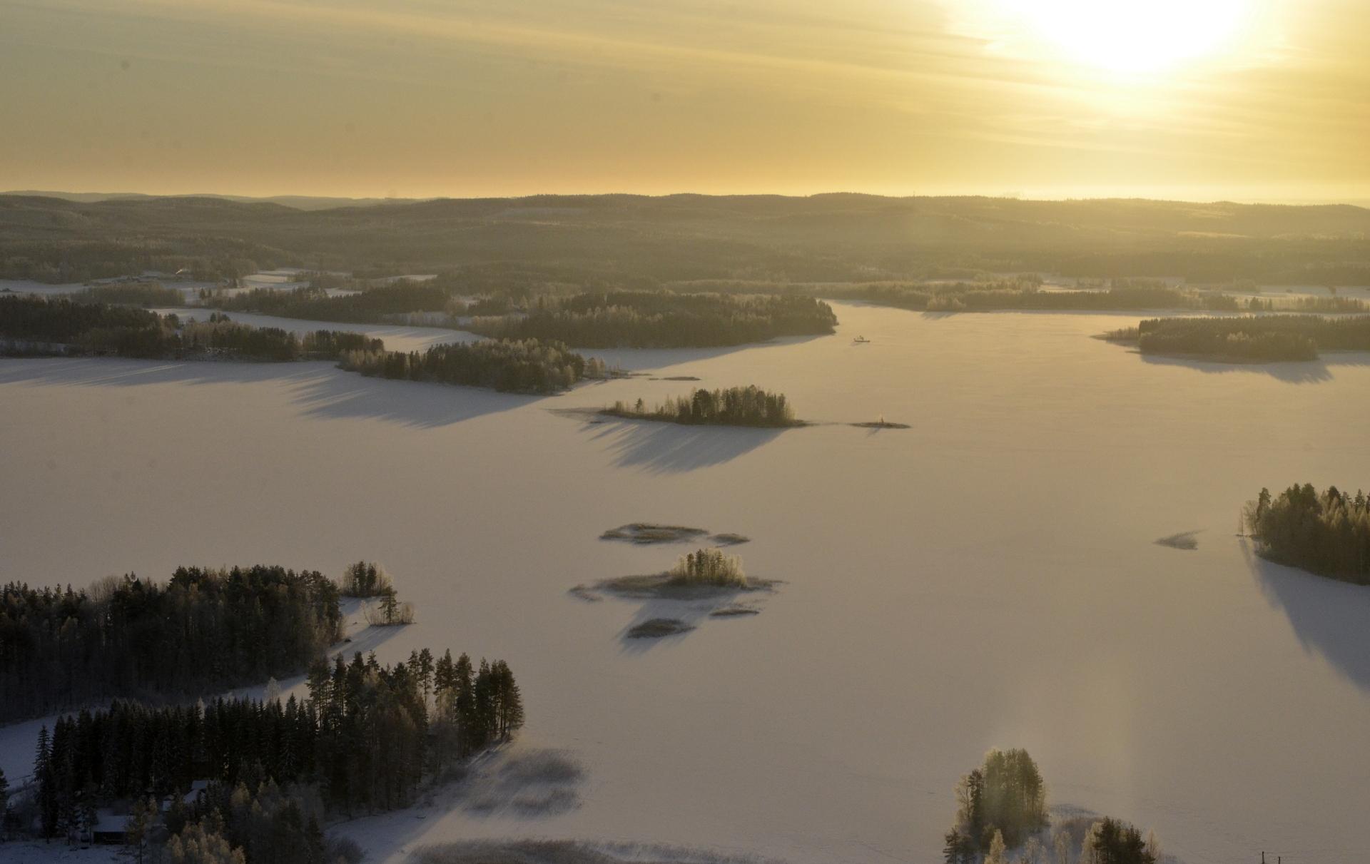 Niinivesi, Koivistonkylää.