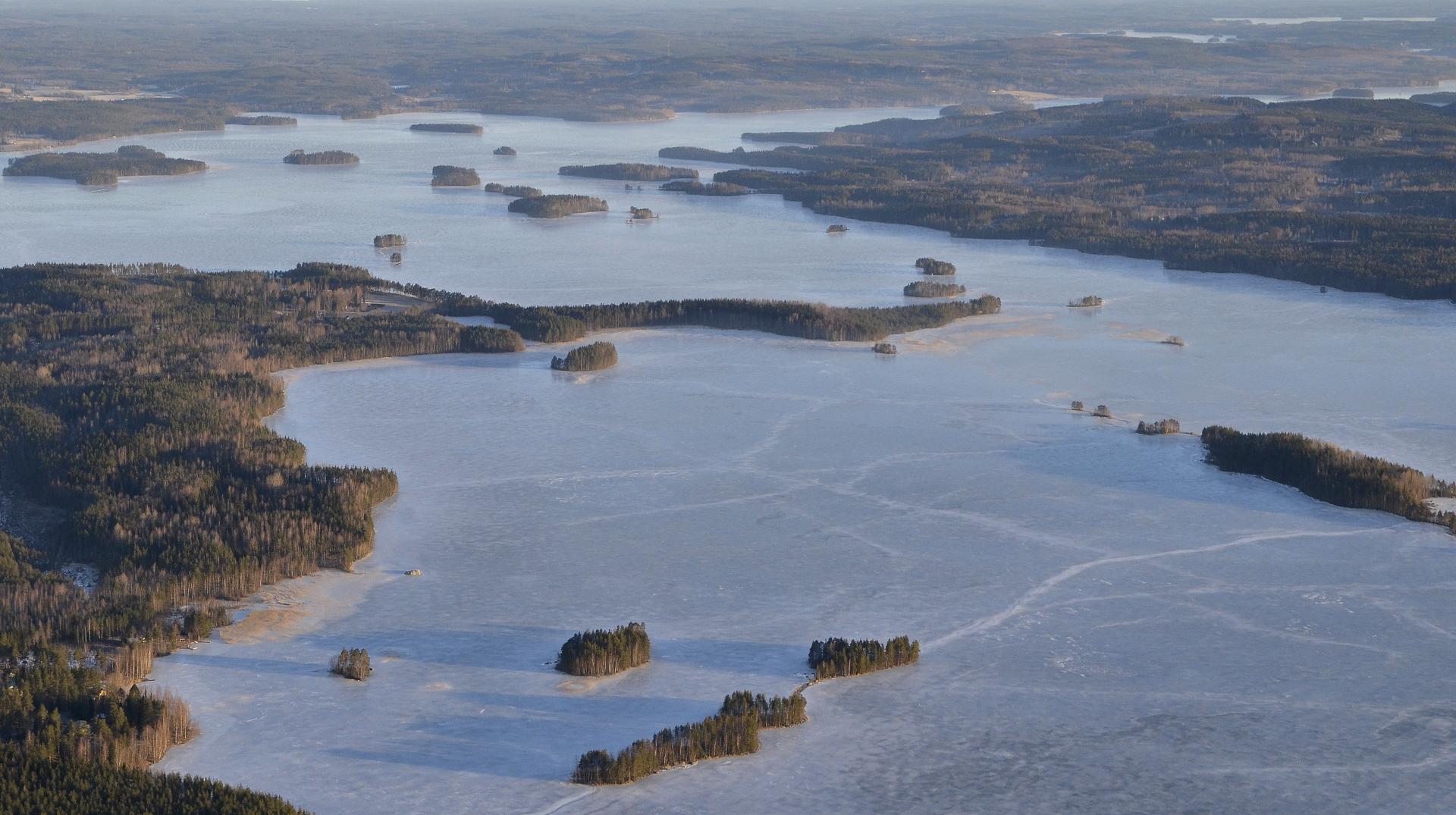 Kovalanniemi Keitelejärven eteläisemmässä lahdessa.