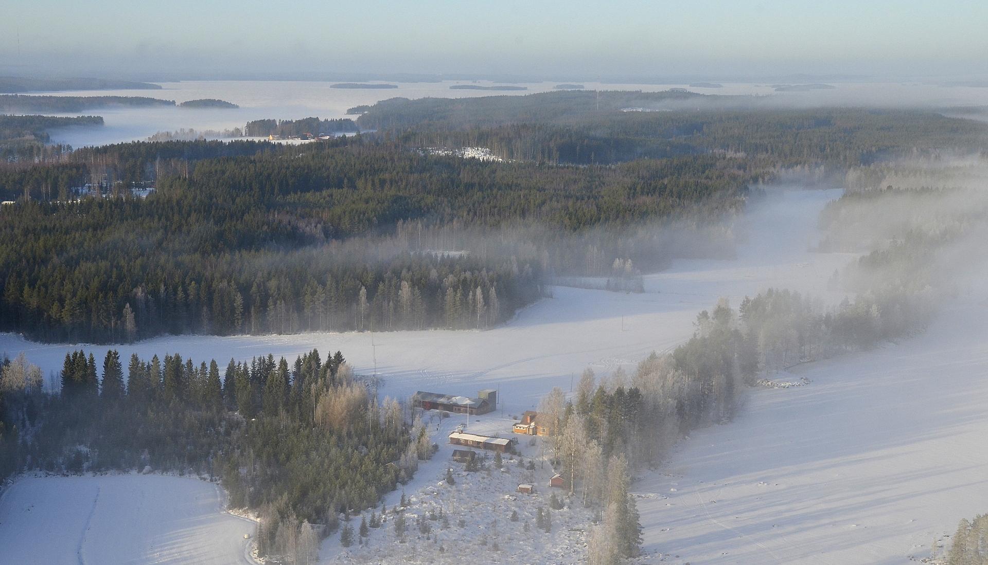 Salmela, taustalla Koliman selkä Pihtiputaan suuntaan. 27.1.2017