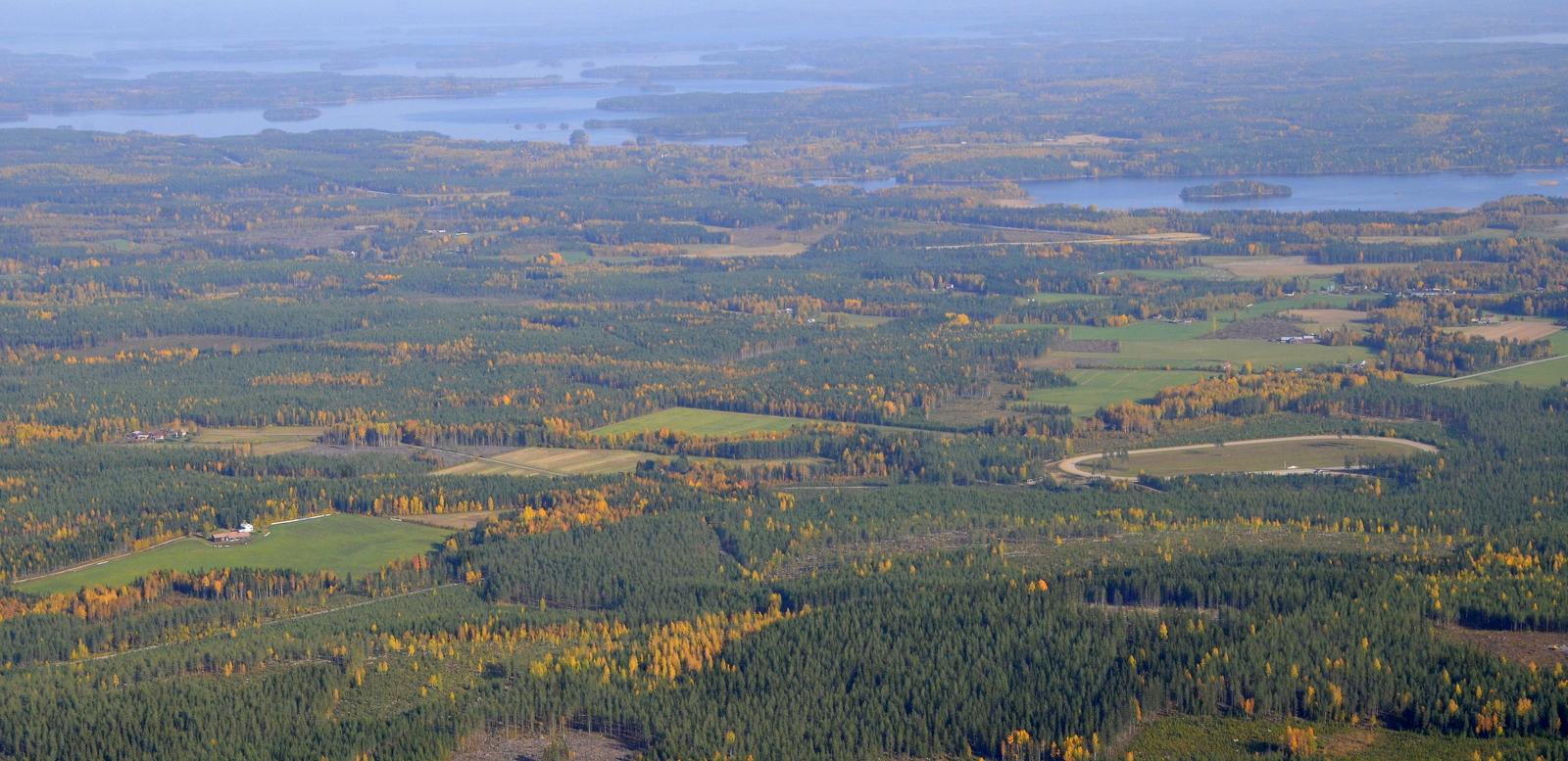 Tuulimyllyjen, (mahdollisten), alueelta kuvattu maisema Konginkankaan taajaman suuntaan kuvattuna.