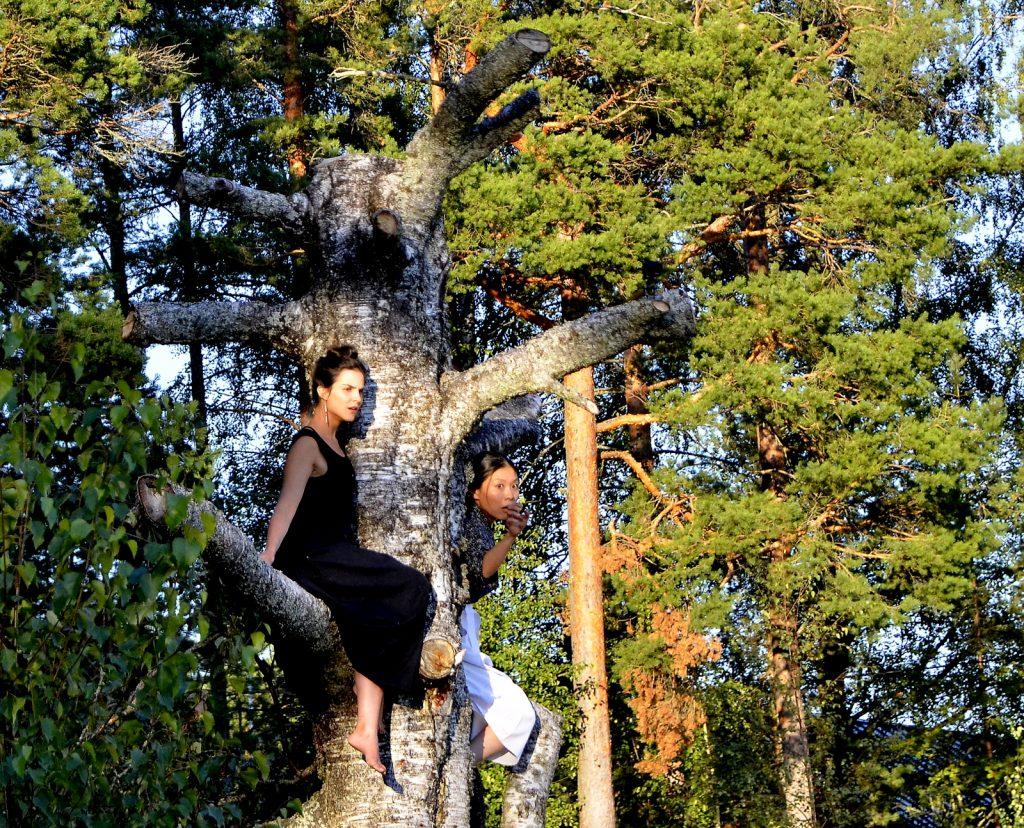 Tara Khozein ja Yuko Takeda