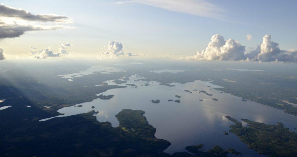 Kuvassa vasemmalla ylhäällä Alvajärvi ja Muurasjärvi.